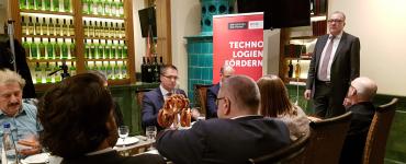 Münchener Frühstücksrunde: WebRTC – Das Ende der Browser PlugIns ?! 1