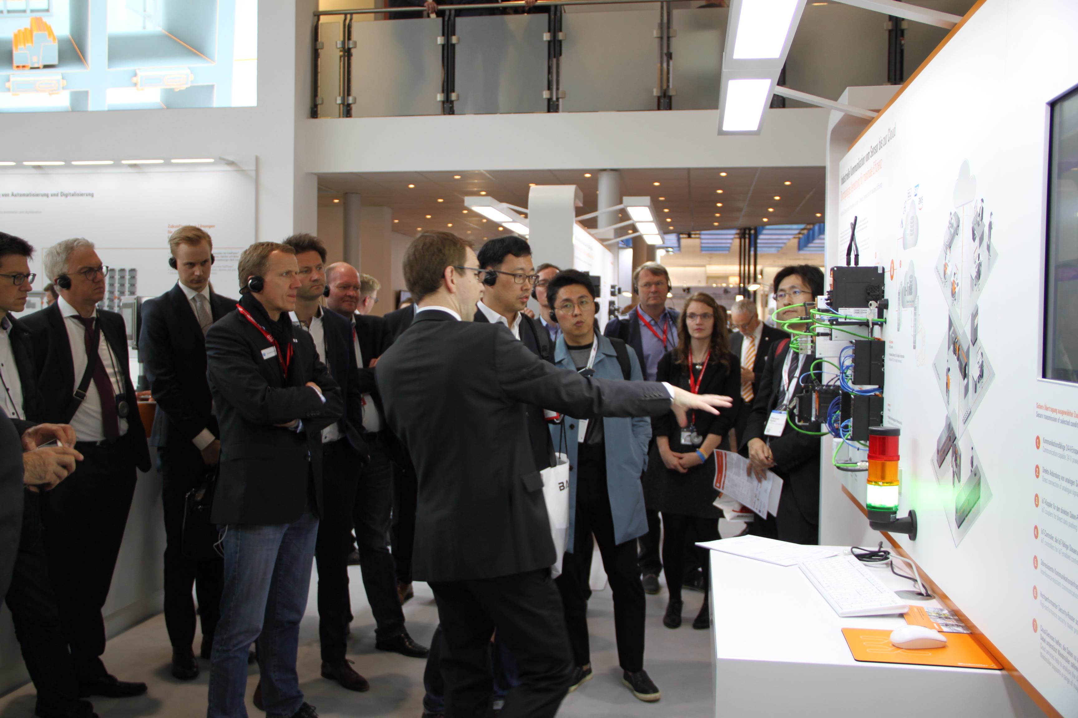 Connect & Collaborate: Die KG IoT erörtert auf der Hannover Messe die Erfolgsfaktoren der Industrie 4.0 (Nachbericht) 3