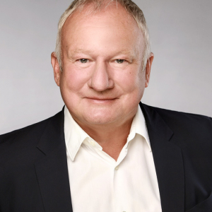 Uwe Jens Neumann