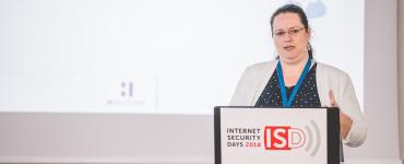 Inés Atug: Alice und Bob im Wunderland - Was wir aus Krypto-Fails lernen können