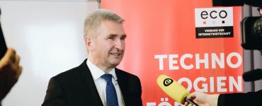 Digitalstrategie vorgestellt: NRW will digitaler Vorreiter sein