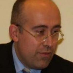 Prof. Stefan Loubichi