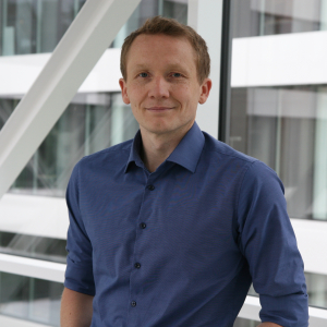 Dr. Alexander Löffer