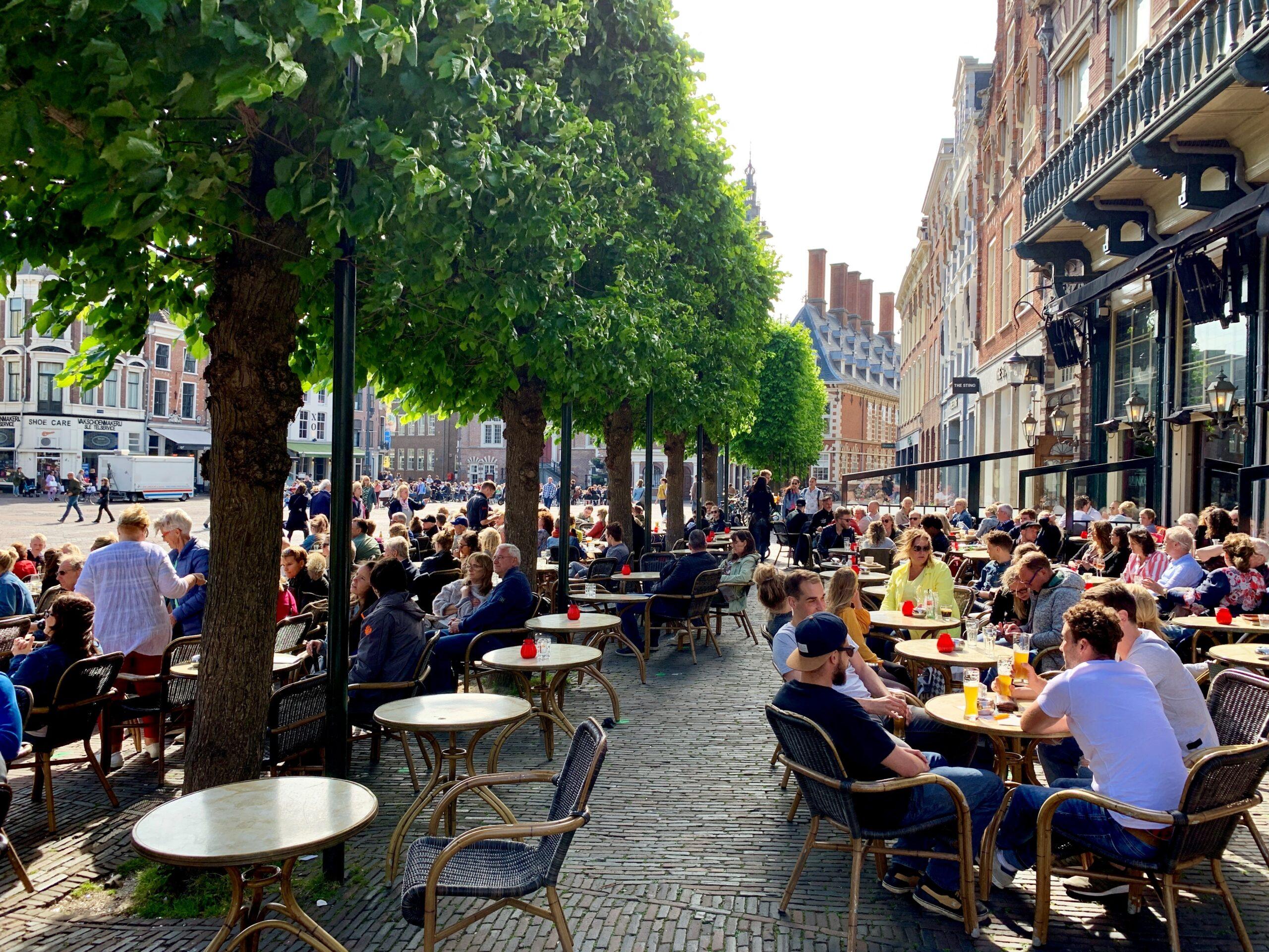 Marktplatz in Haarlem, Nord-Holland: Kann Europa seine Eigenständigkeit und Lebensart auch im digitalen Raum kultivieren?